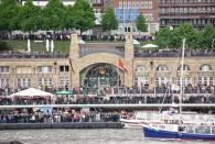Hafengeburtstag - People watching 4