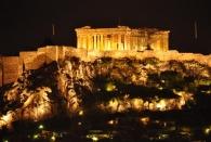 Akropolis bei Nacht von der Roof Top Bar