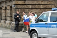 Sa 8.7. - Zufällig zur interessanten Zeit am Gorch-Fock-Wall gewesen - Putins Freunde