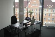 Mein Büro im 4. Stock: diese Fenster sind klasse!
