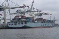 Für ein Landei eine ziemlich beeindruckende Technik im Hafen