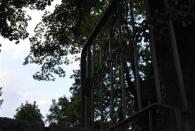 Aus der Perspektive desjenigen, der mal wieder zu schnell die Treppe hoch gerannt ist - hab ich damals paar mal selbst so gesehen ;)
