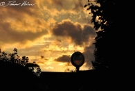 Sonnenuntergang über dem Neubaugebiet