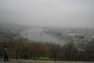 Die Donau mit Buda (links) und Pest (rechts) vom Gellértfelsen