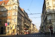 Innenstadt mit Elektrobus