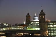 St. Paul's Cathedral im Hintergrund