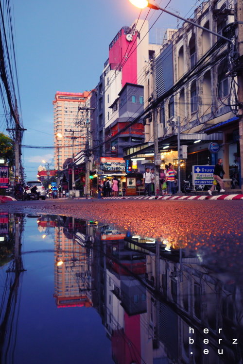 33/2020 – Reflecting Bangkok